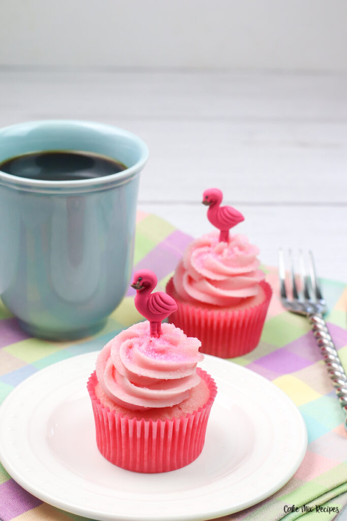 A finished strawberry milk cupcake recipes ready to eat.